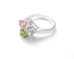 lindo-anel-com-pedras-coloridas-em-prata-925-aro-15-d_nq_np_14734-mlb237216545_6149-f