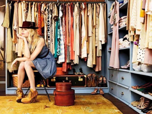 mulher-no-closet.jpg