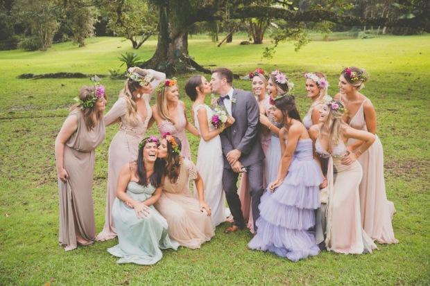casamento-rustico-chique-fernanda-angelo-com-as-madrinhas