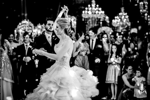 danca-dos-noivos-Foto-Carol-Mattos