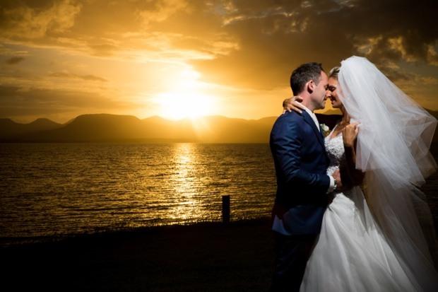 home-wedding-por-do-sol-camila-e-osni-Foto-Robson-Nunes1