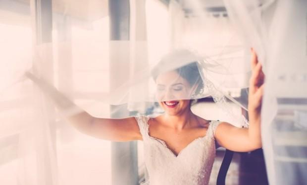veu-para-noiva-casamento-praia-casamento-rustico-chique-cintia-luis-felipe-660x400