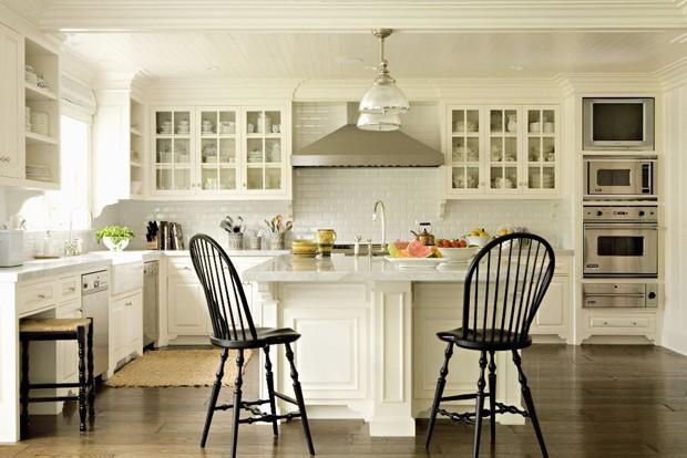 this-is-40-filme-cozinha-branca