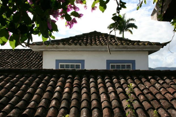 roofs-252017_1920