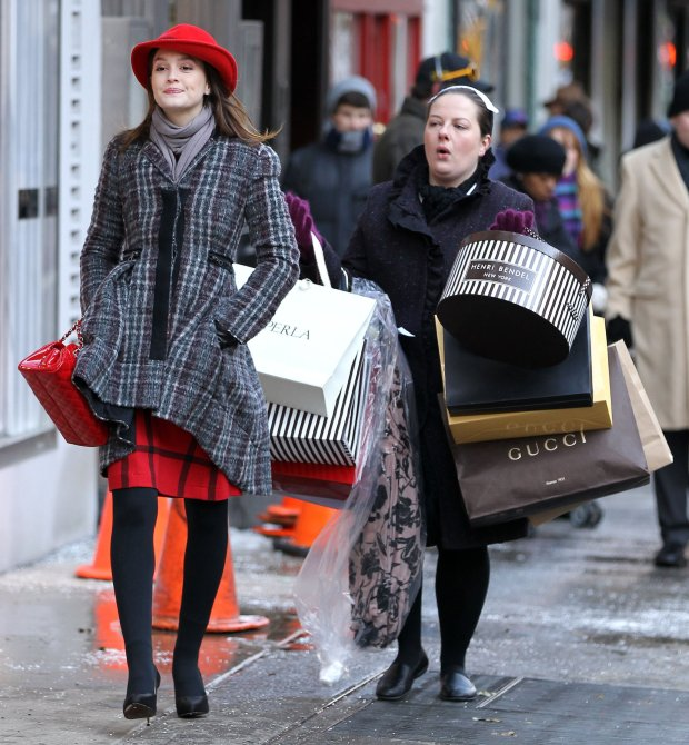 Leighton-Meester-Zuzanna-Szadkowski-Film-Shopping-Scene-Gossip-Girl-New-York