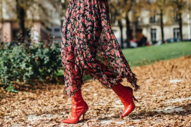 vestido-floral-com-bota-como-usar