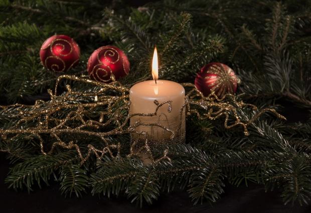 christmas-3761813_1920