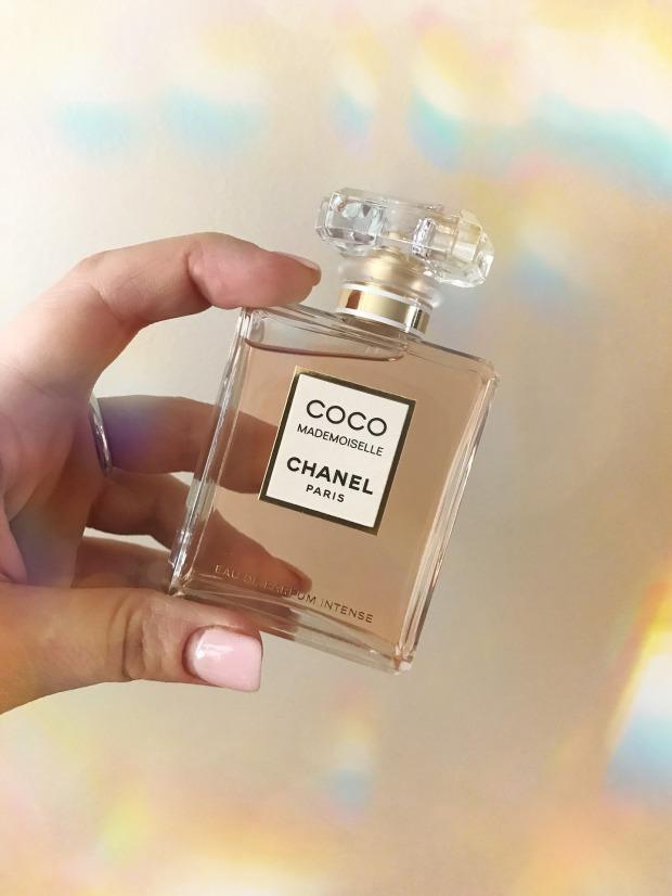 perfumes-3575597_1920